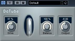 distorsion de valvula definición al bajo en la mezcla